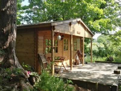 Woodland Glamping Lodge at West Stow Pods
