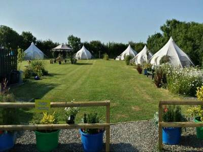 Lowarth's Luxury Glamping  Tents