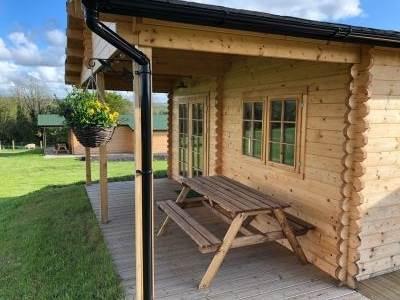 Wood Cabins at Oak Tree Lane