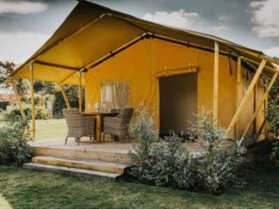 Bumble Bee Cottage sleeps up to  6