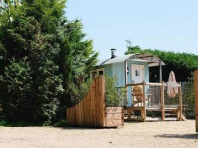 Shepherds Hut Glamping at Sumners Ponds Campsite