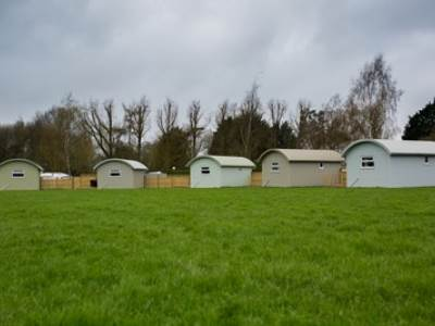 Shepherd's Cabins at Applewood Glamping