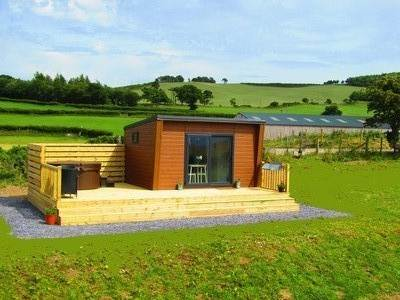 Hideaway Glamping Pod's at Waenfechan Glamping