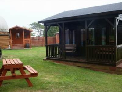 Family Camping Lodge with Hot Tub at Pinewood Park