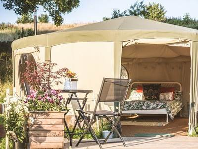 Grant Yurt Glamping at The Paddock