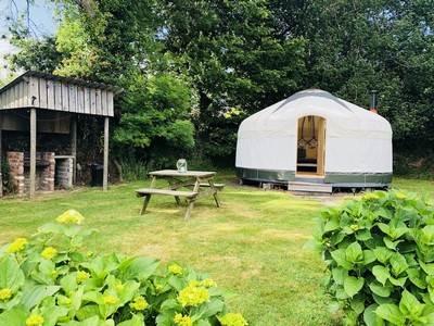 Nare yurt East Crinnis