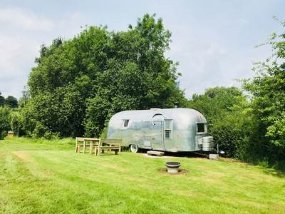 Airstream Ana at Cotswolds Camping At Holycombe
