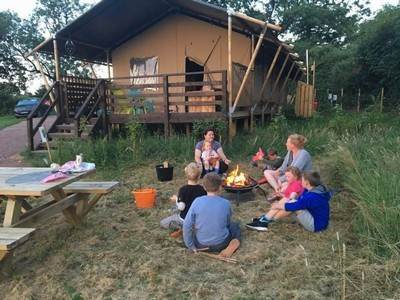 Fox Safari Lodge at Leafy Fields Glamping
